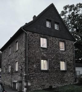 KUNSTHAUS-BENSBERG-BEI-KÖLN_Gut-aufm-Puetz_10_2014