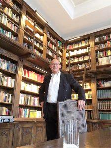 Aliv Franz in der Bibliothek Schloss Bensberg im Juni 2018